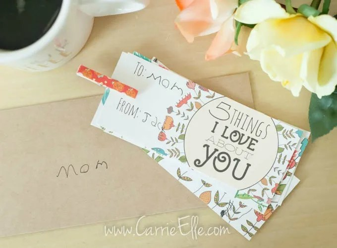 Free Mother's Day printables: Mother's Day Book by Carrie Elle