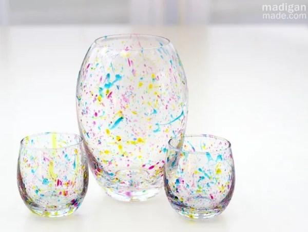 DIY Splatter Painted Glass Vases - so simple and fun!