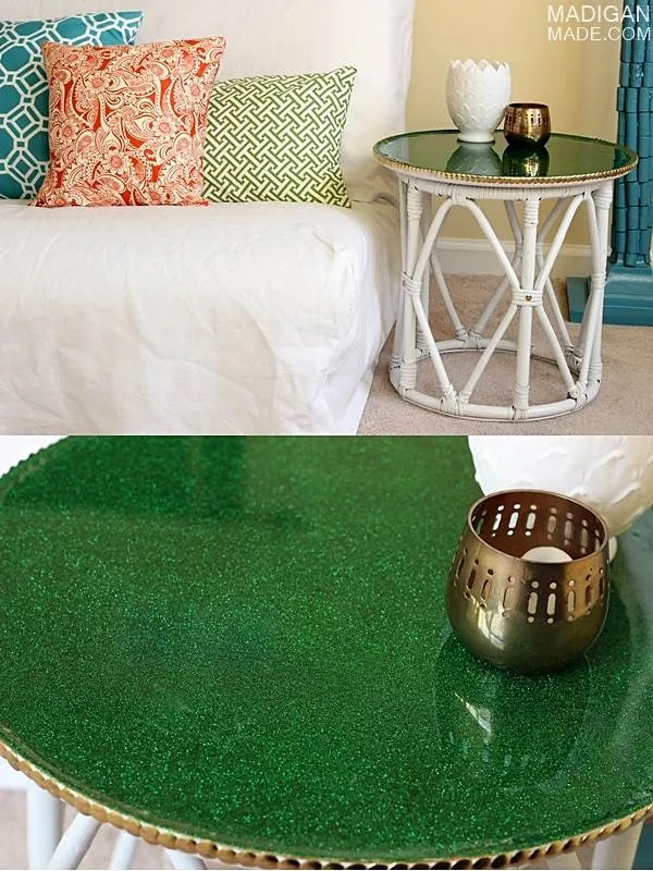 How to add glitter to a table with decoupage and resin