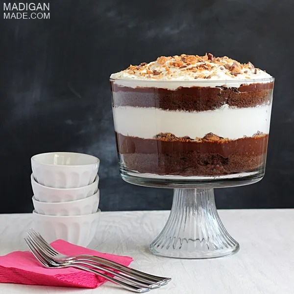 Easy chocolate trifle dessert idea with Butterfinger candy layers