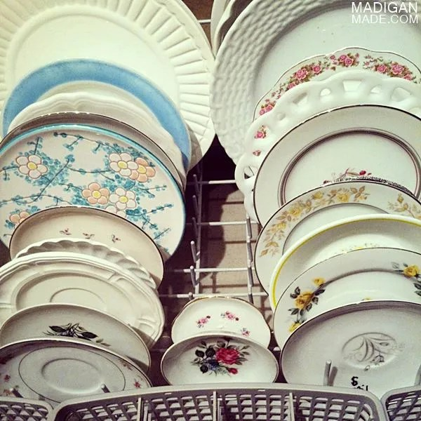 Where to find vintage plates - ideas and tips