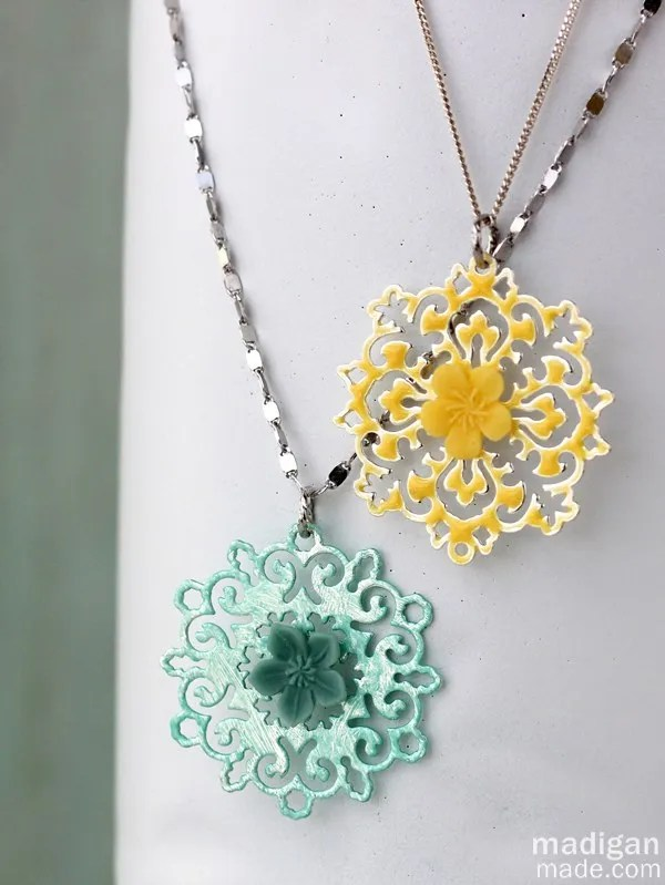 2 Easy Ways to Paint Your Own Jewelry Rosyscription