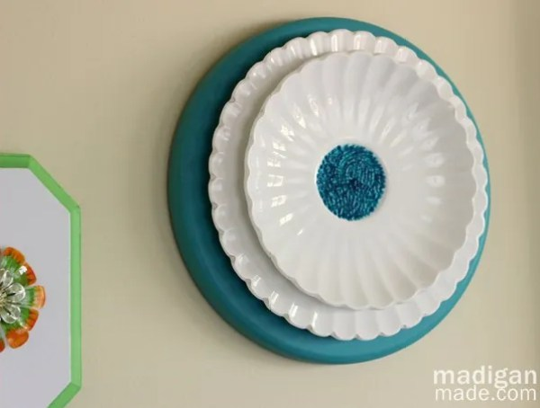 Easy Wall Art: Create a 3D Flower from Stacked Plates