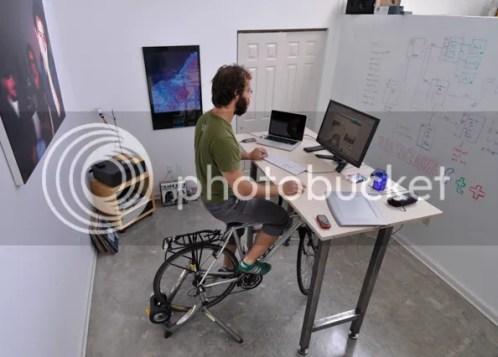 Kickstand desk designed for cyclists