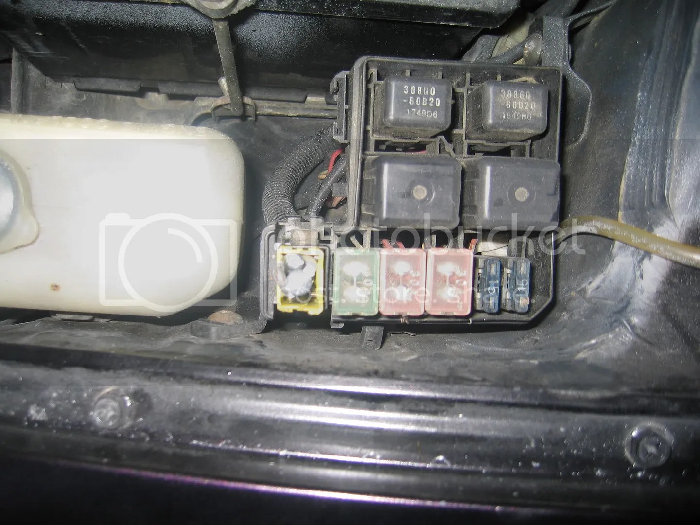 hight resolution of 93 suzuki swift fuse box