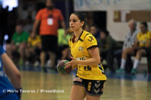 Ana Neves voltou a cotar-se com a melhor jogadora do Alavarium, ao apontar 5 golos