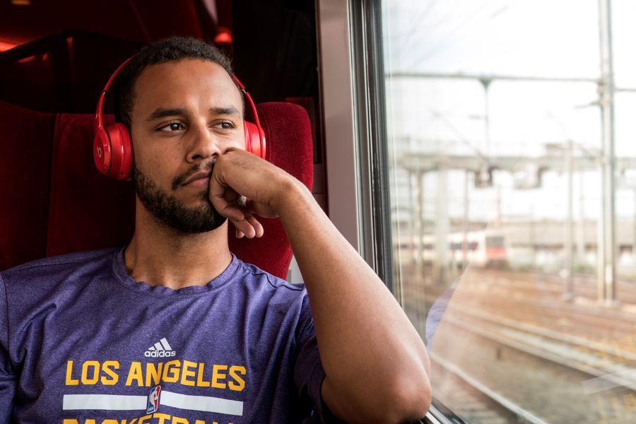 Anthony Sadler in The 15:17 to Paris (2018)