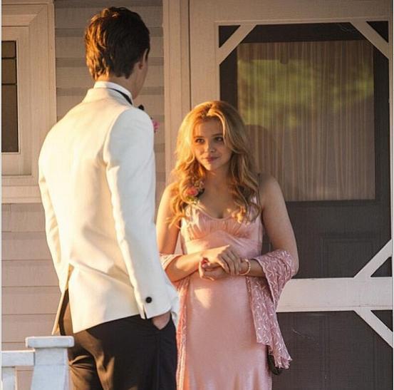 Chloë Grace Moretz and Ansel Elgort in Carrie (2013)