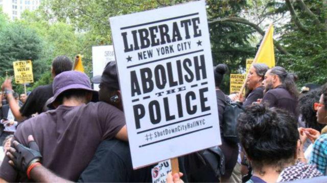 CityHallProtest081016