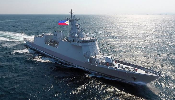 Philippines deploys more navy ships to disputed sea amid row with China