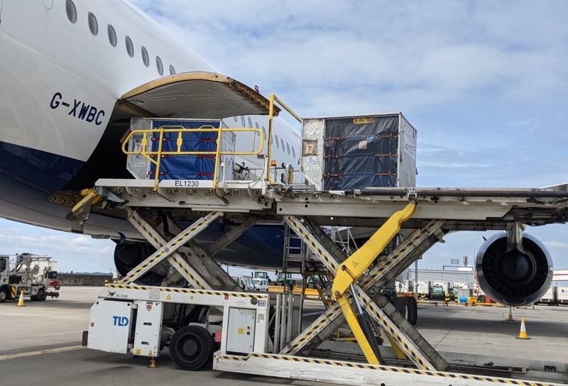IAG Cargo | BA plane being loaded with a ULD