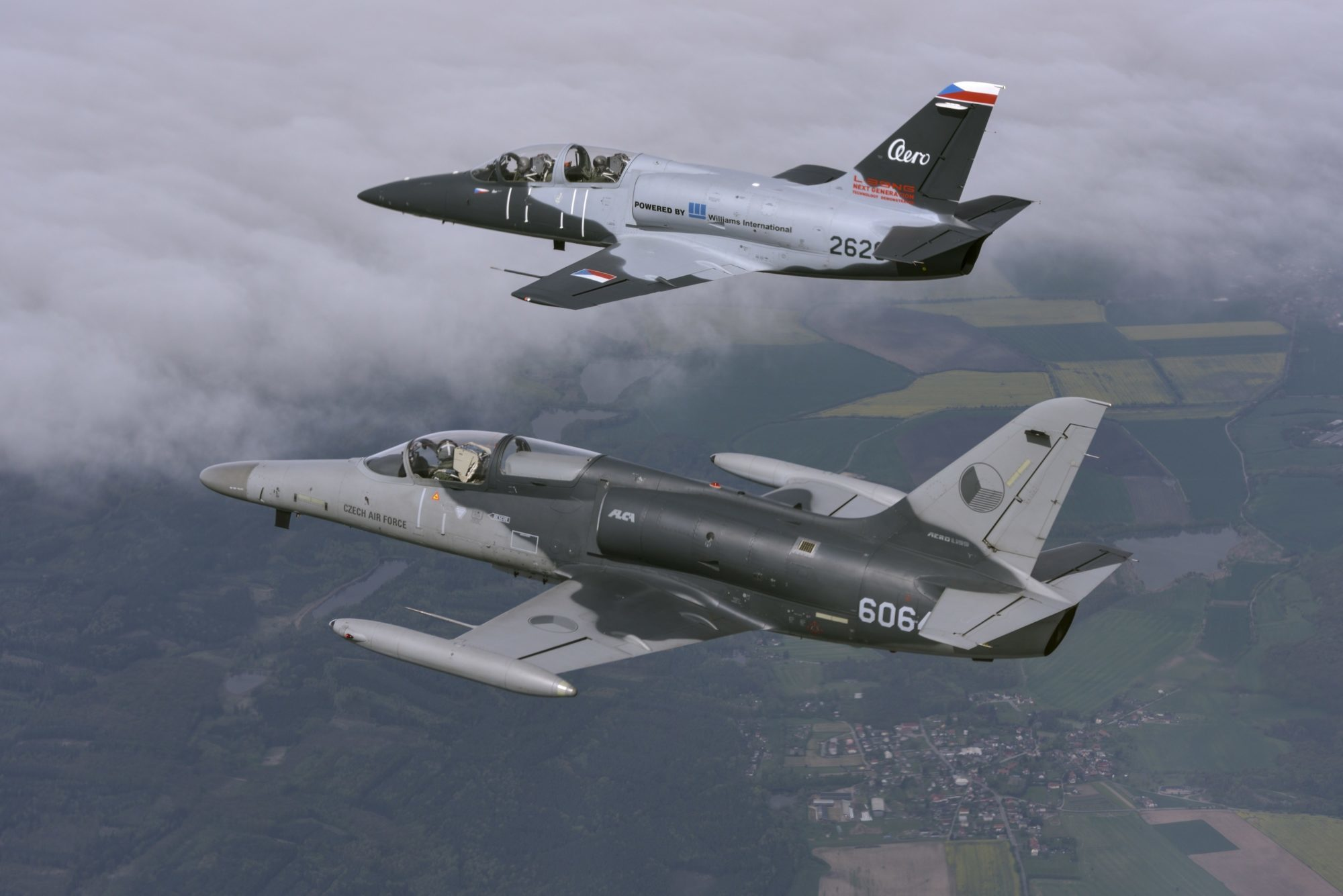 Czech Aero Vodochody and Israel Aerospace Industries strengthening ties by cooperating on light attack/trainer jets