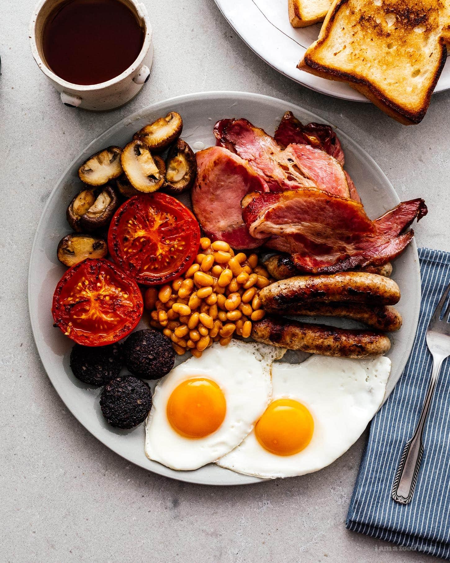 A Breakdown of the Full English Breakfast · i am a food blog i am a food blog