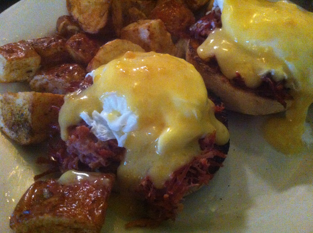 Hash Benedict @ Deluxe Station Diner, Newton MA