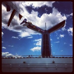 Cruise_CarnivalGlory_02