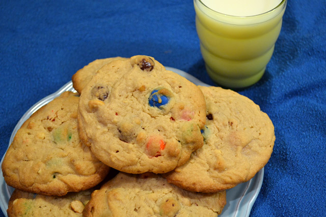 Giant Peanut Butter Pretzel M&M cookies