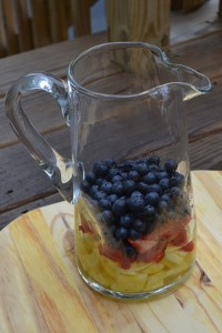 red white and blue sangria_02