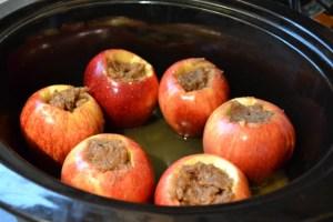 Crock Pot Baked Apples-6
