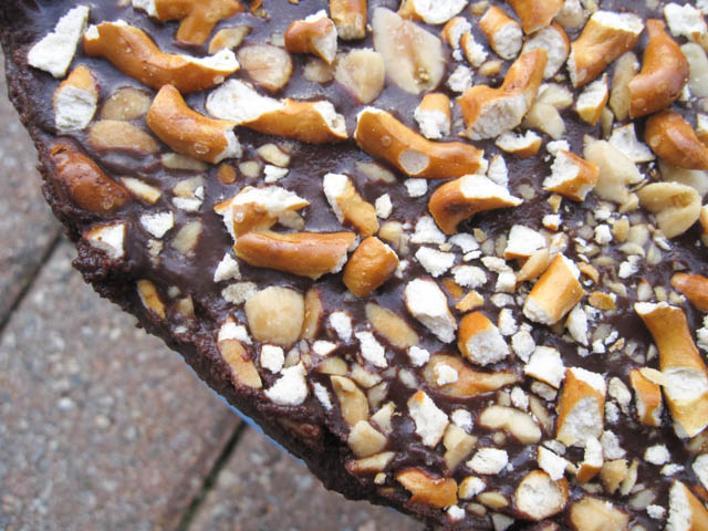 Ganache Topped Peanut Butter Pretzel Pie-3