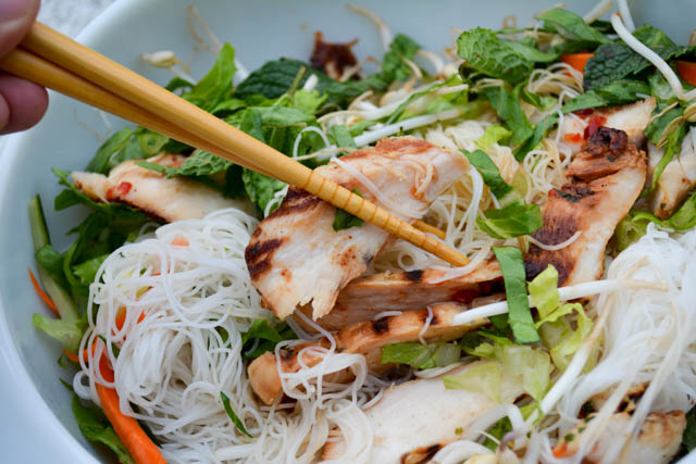 Grilled Chicken Vermicelli Bowl-6
