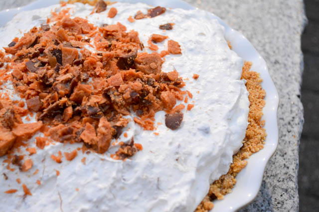 No Bake Butterfinger Pie-4
