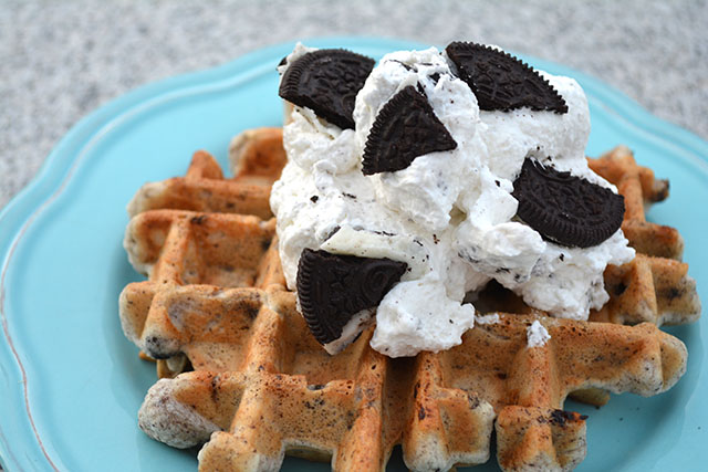 Cookies and Cream Dessert Waffles_03
