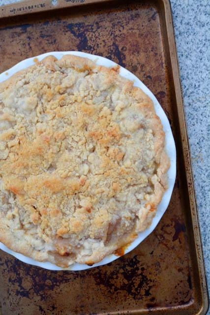 Struesel Topped Ginger Pear Pie-1