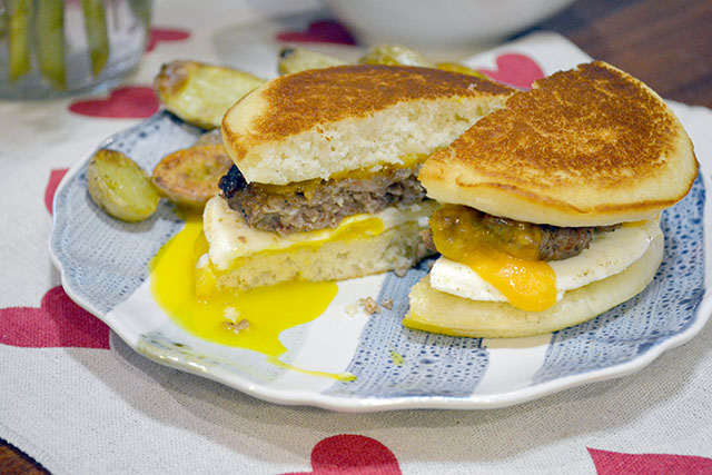Pancake Breakfast Sandwich_01