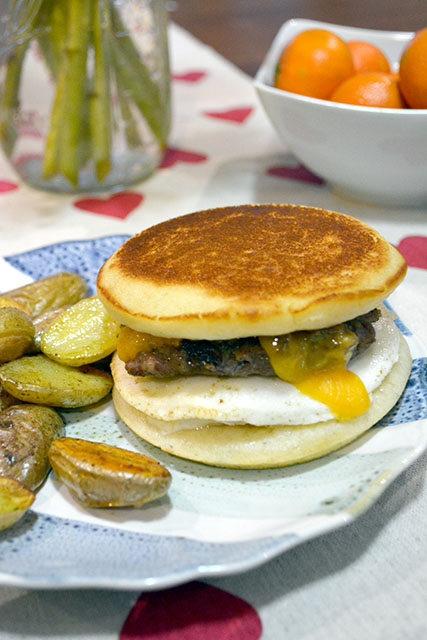 Pancake Breakfast Sandwich_02