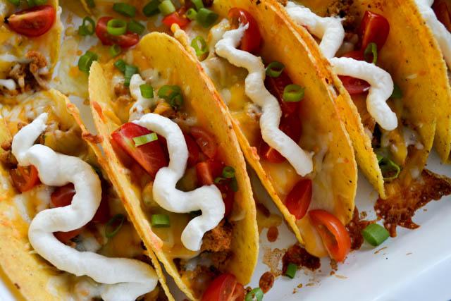 Extra Cheesy Baked Tacos-04