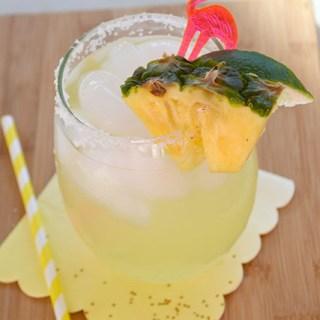 Sparkling Pineapple Coconut Margaritas