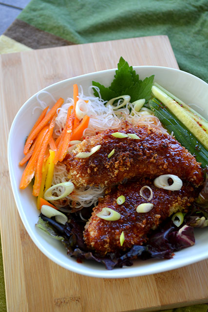 Crunchy Sweet and Spicy Chicken Tenders with Noodle Salad_04