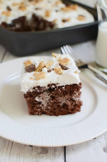Fake Ginger_Smores Poke Cake