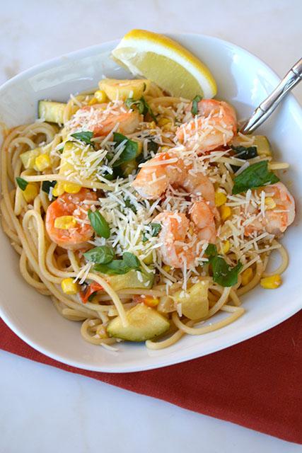 pasta-with-shrimp-corn-tomatoes-and-zucchini