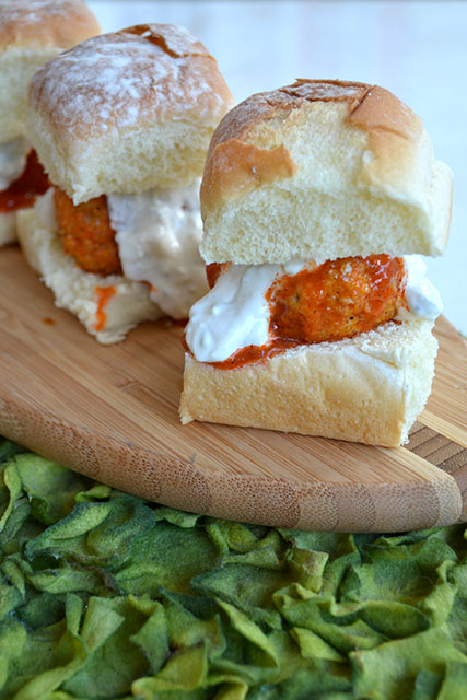 buffalo-chicken-meatball-sliders