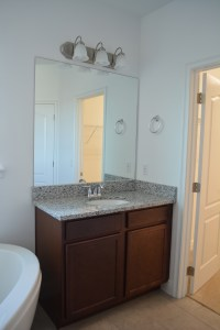 taggart-house_master-bathroom_3