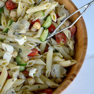 Lemony Pasta Salad with Artichokes and Chickpeas