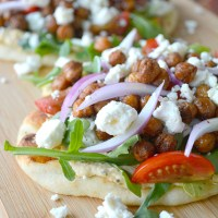 Middle Eastern Roasted Chickpea Pitas