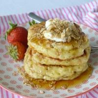 Super Easy Greek Yogurt Pancakes
