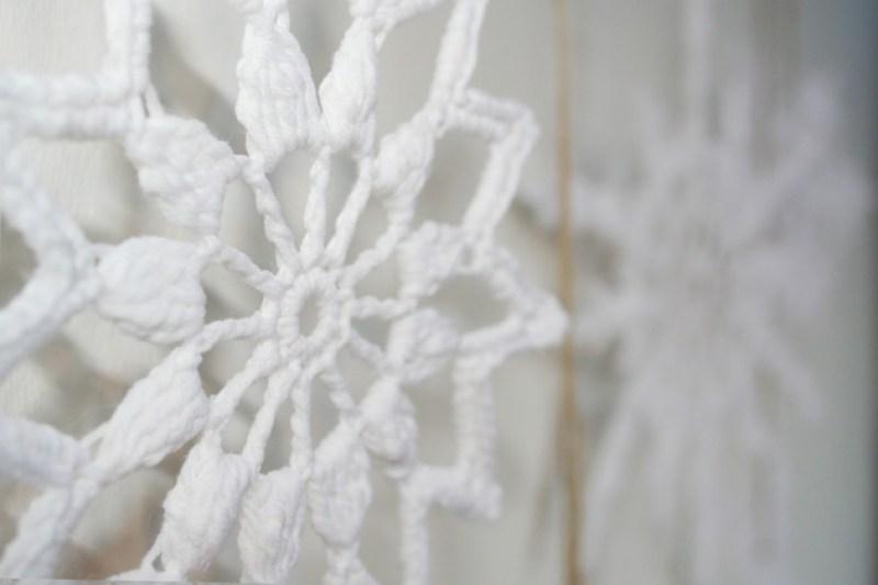 Copos de nieve a ganchillo, visto en IamaMess