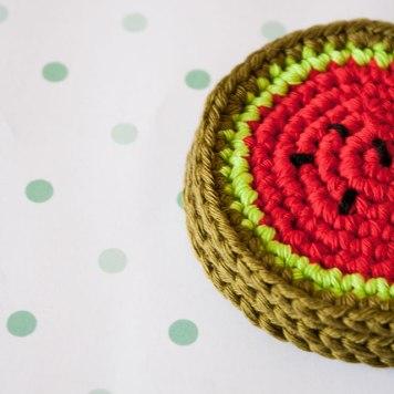 "crochet coasters by ""I am a Mess"""
