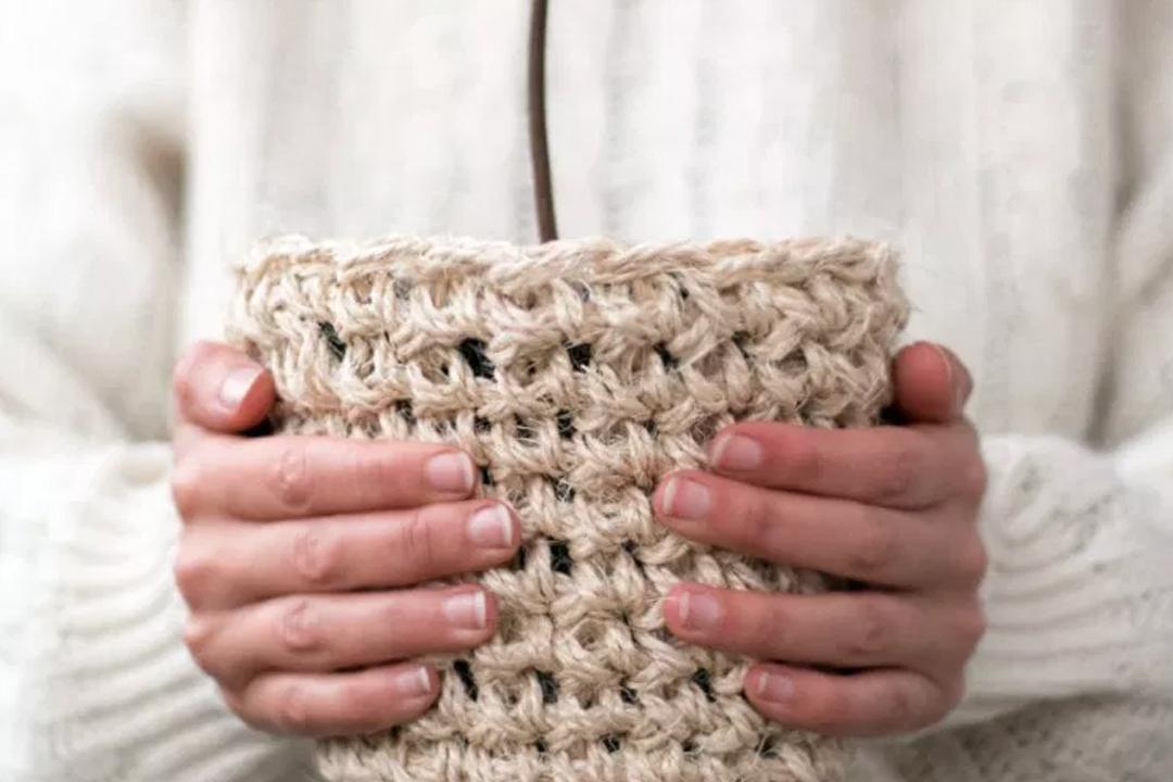 macetero de sisal DIY, visto en IamaMess blog