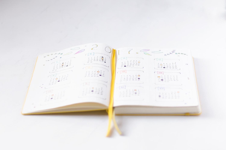 """Bullet Journal calendar - Leuchtturm, visto en """"I am a Mess Blog"""""""