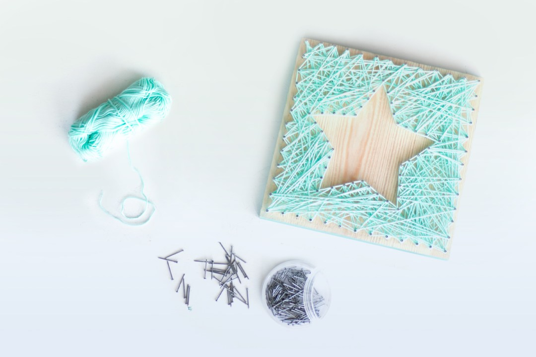 "Taller de string art, visto en ""I am a Mess Blog"""