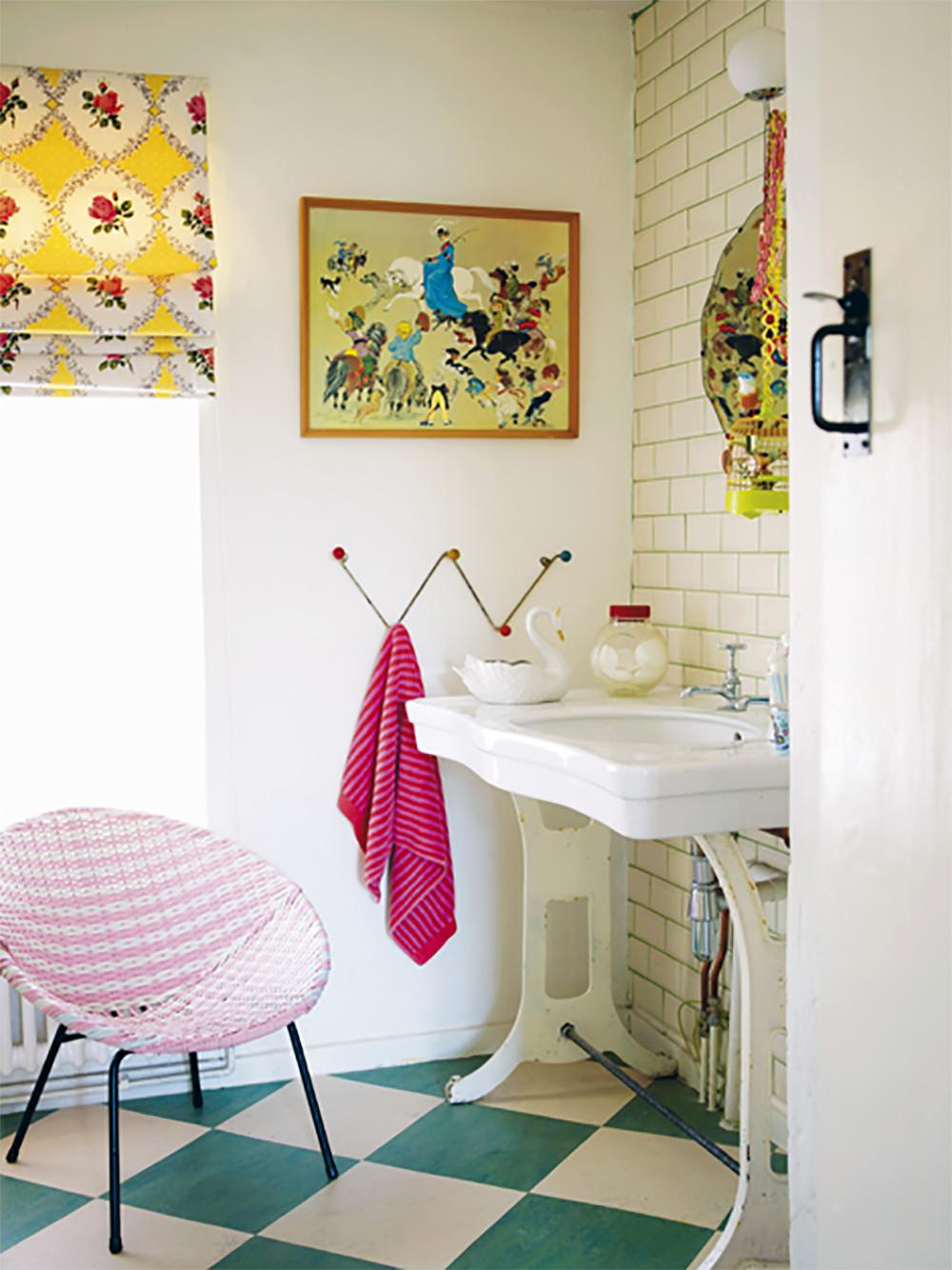 10 Baños coloridos y alegres, visto en