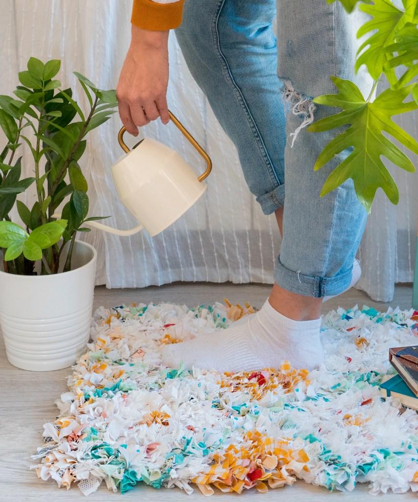 Como hacer una alfombra de retales paso a paso