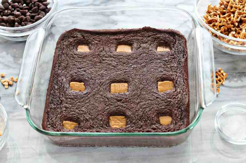 How to Make Salted Caramel Brownies