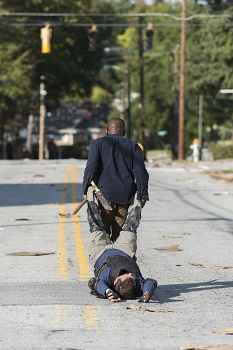 Lennie James as Morgan Jones, Karl Makinen as Richard- The Walking Dead _ Season 7, Episode 13 - Photo Credit: Gene Page/AMC