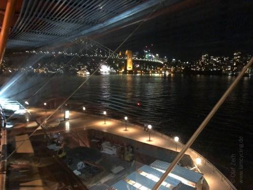 Blick von der Oper auf die Sydney Harbour Bridge