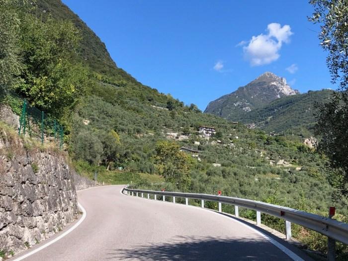 iamcycling-Mit dem Rennrad am Gardasee-Anstieg aus Riva zum Ballino